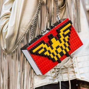 Wonder Woman LOLA Classic purse!!!